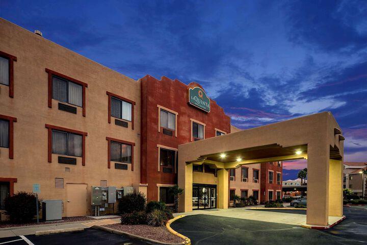 La Quinta Inn Suites By Wyndham Nw Tucson Marana Tucson Az 6020 West Hospitality Rd 85743