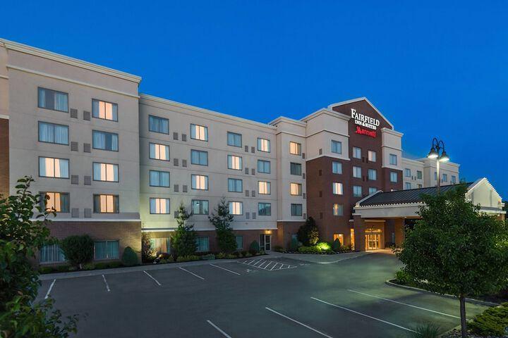 Fairfield Inn Suites Buffalo Airport Buffalo Ny 4271 Genesee 14225