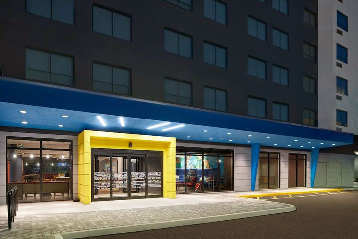 Tru By Hilton Fort Lauderdale Airport Dania Beach Fl 44 North Federal Highway 33004