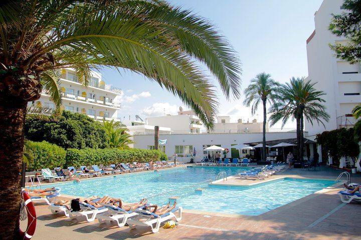 Hotel Tropical San Antonio De Portmany C Cervantes 28 07820